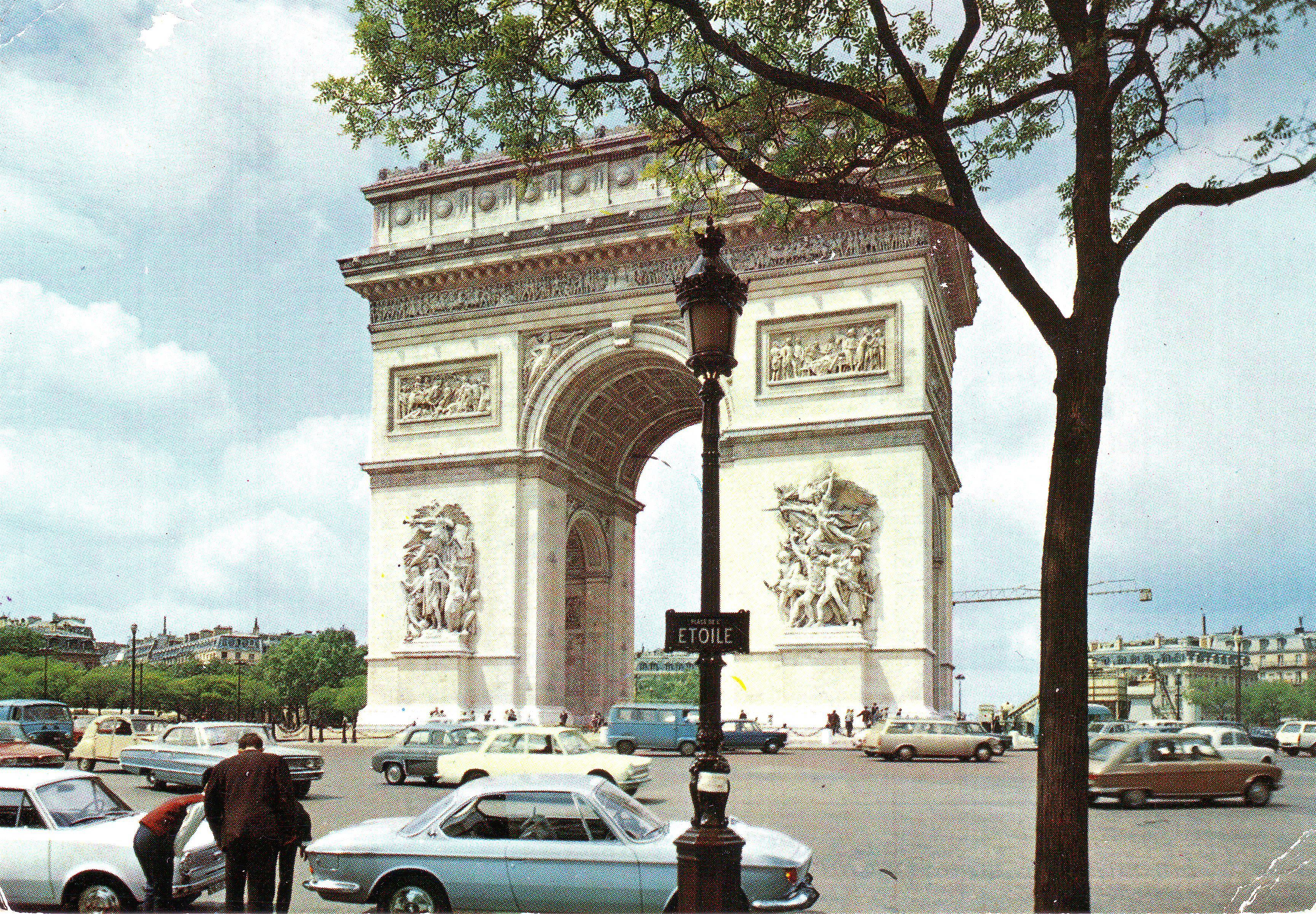 Parisians inspect German rear end.