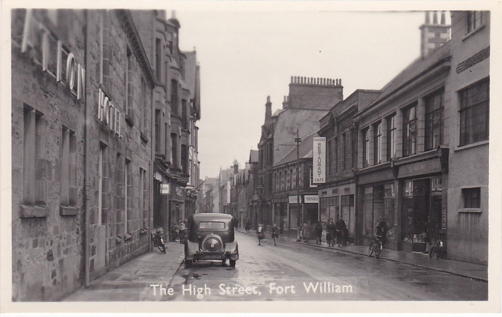 Postcard Fort William Rover car